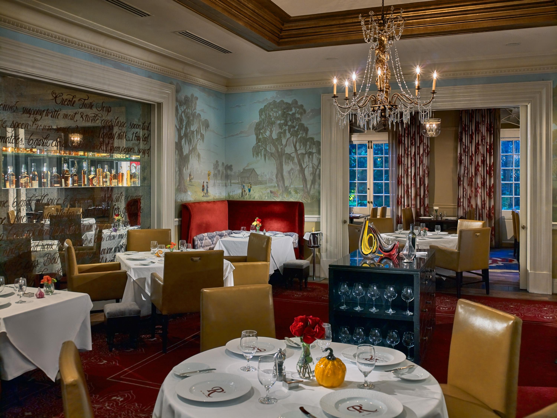 Restaurant R'evolution Storyville Parlor