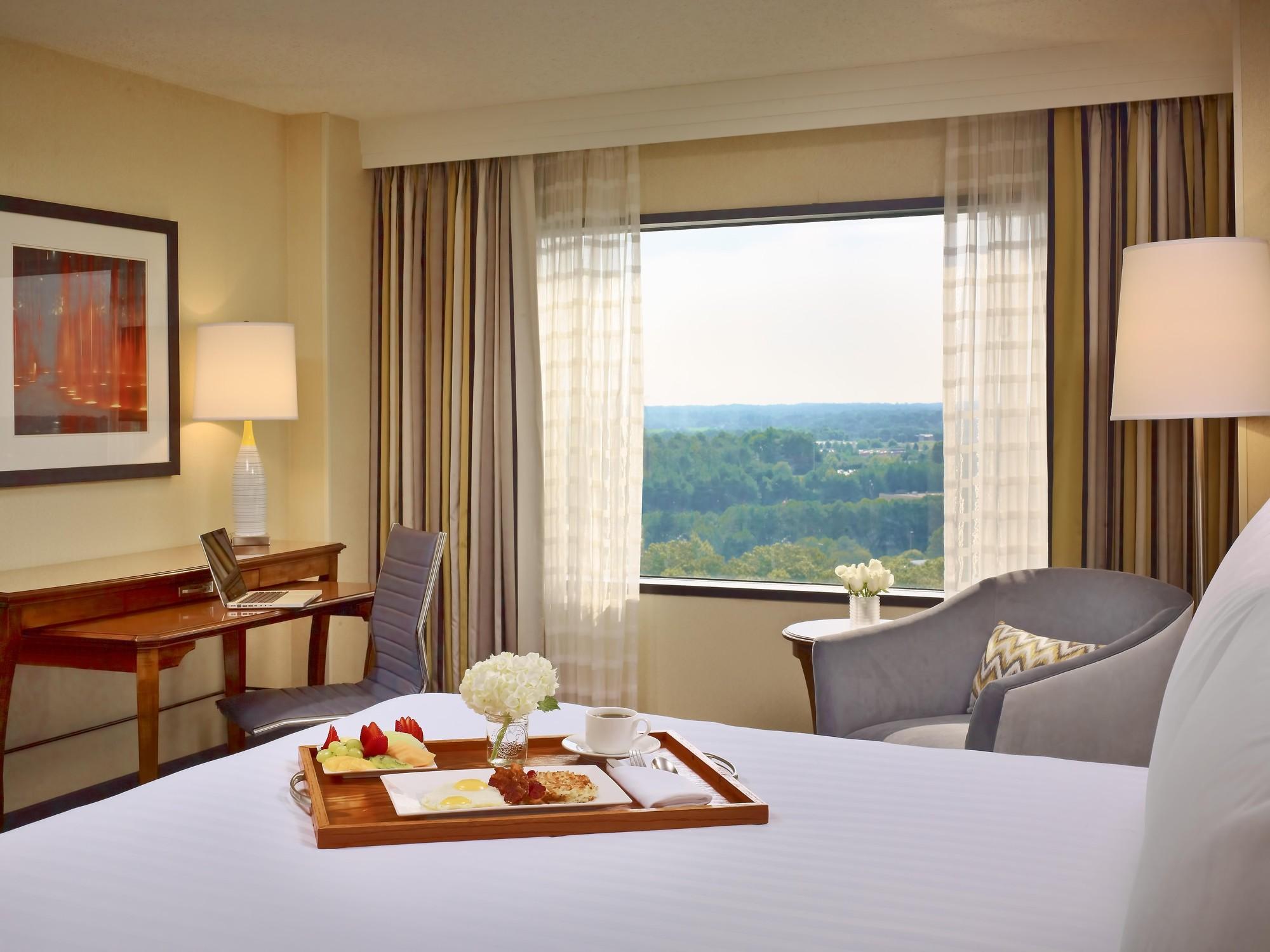 Sonesta Gwinnett Place Atlanta Preferred Guest Room