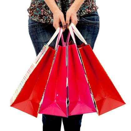 Shop 'Til You Drop rates from $185 + $30 F&B credit