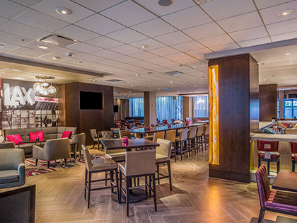 Sonesta Los Angeles LAX Bar & Lounge Area
