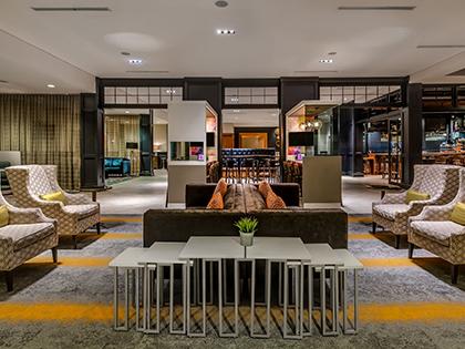 Sonesta Charlotte Lobby Lounge