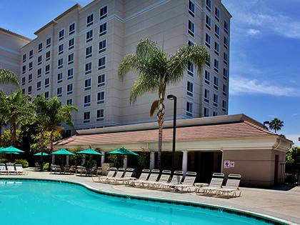 Sonesta Anaheim Outdoor Pool