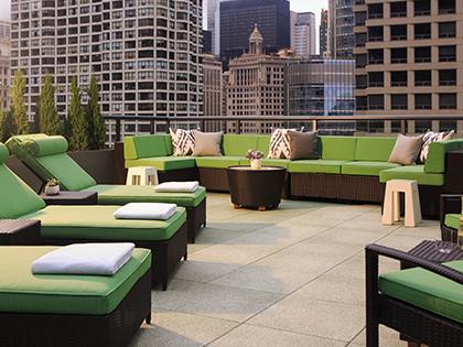 Royal Sonesta Chicago River North Terrace Patio