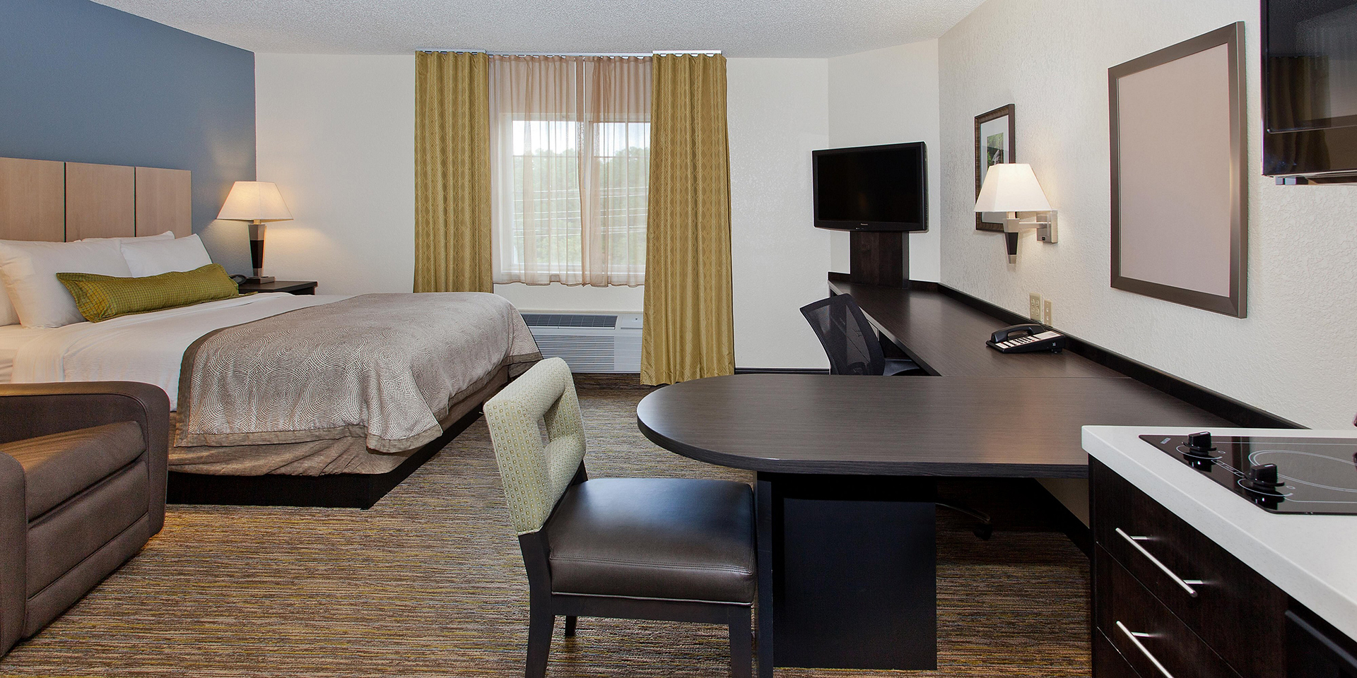 https://www.sonesta.com/us/massachusetts/burlington/sonesta-simply-suites-boston-burlington