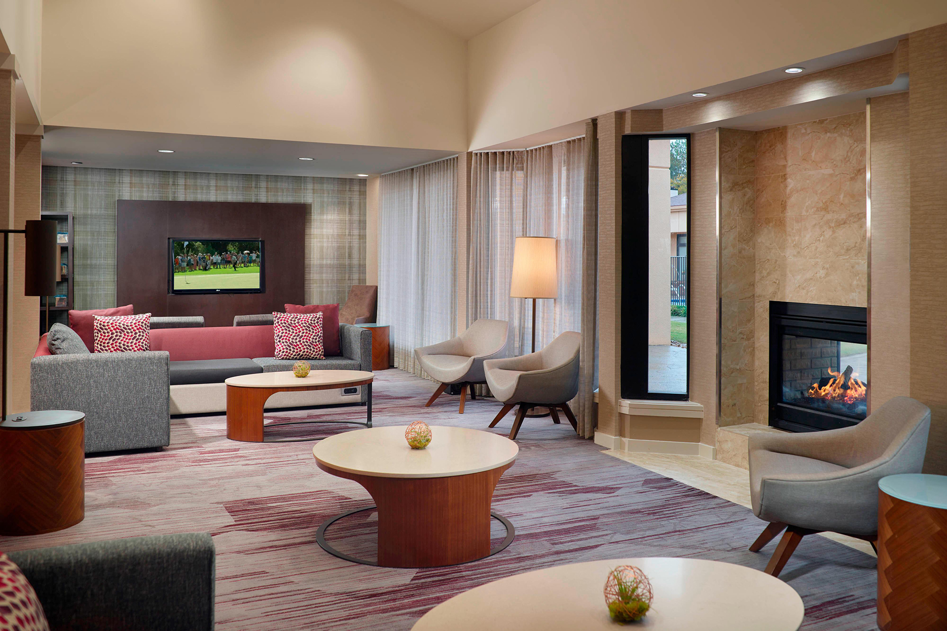 Sonesta Select Atlanta Airport Lounge