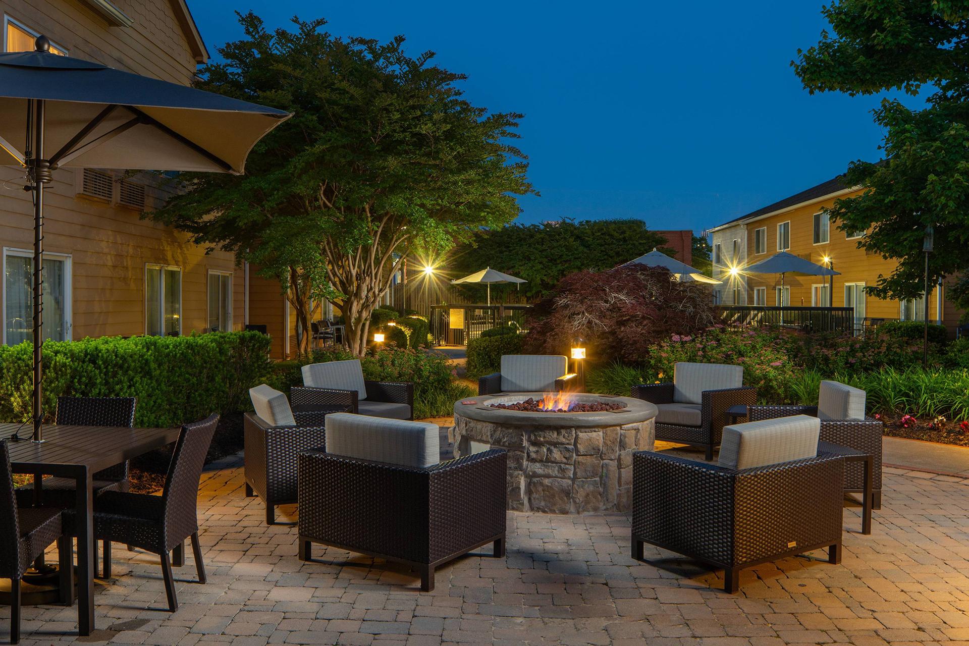 Sonesta Select Chattanooga Outdoor Patio