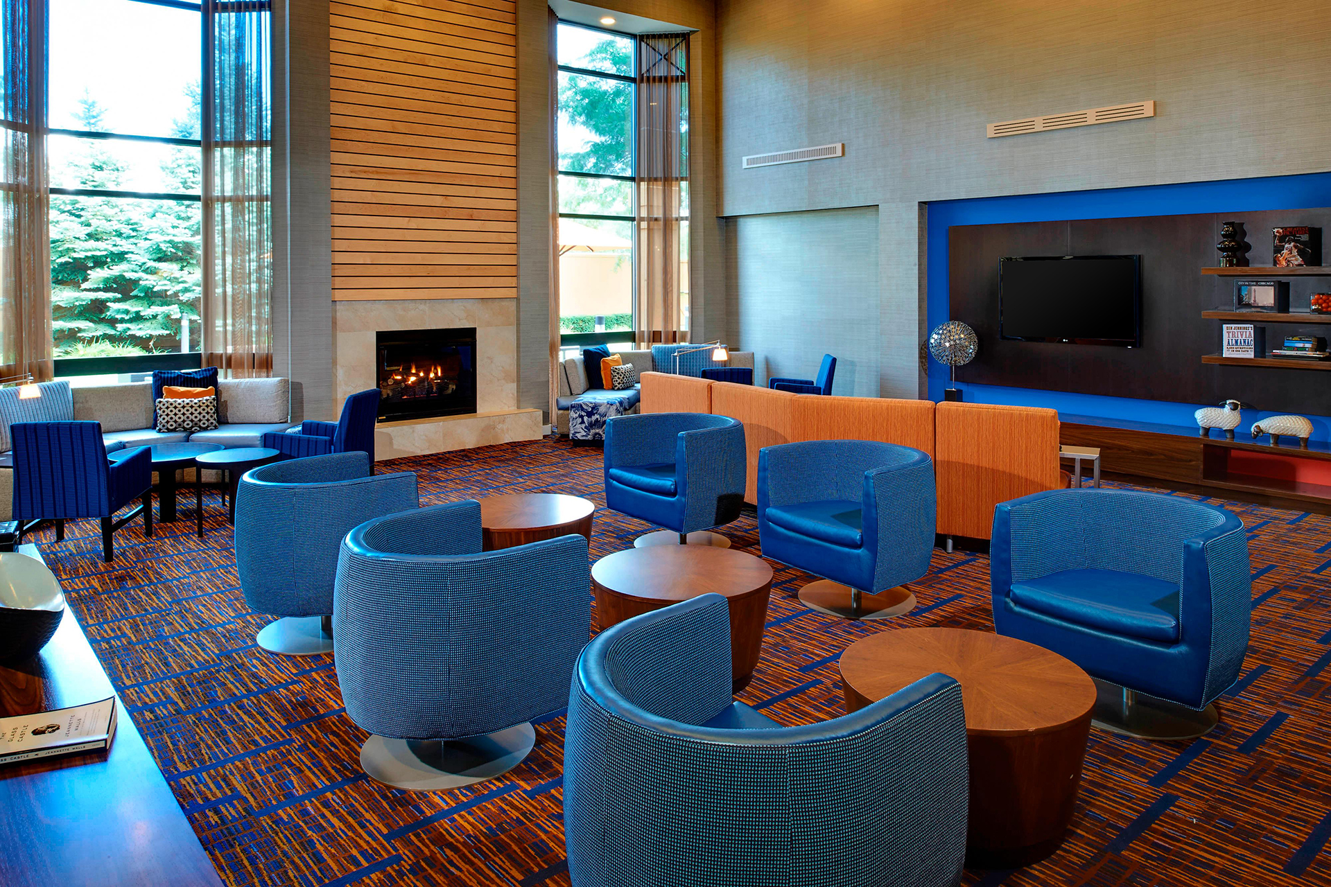 Sonesta Select Chicago Elgin Lobby