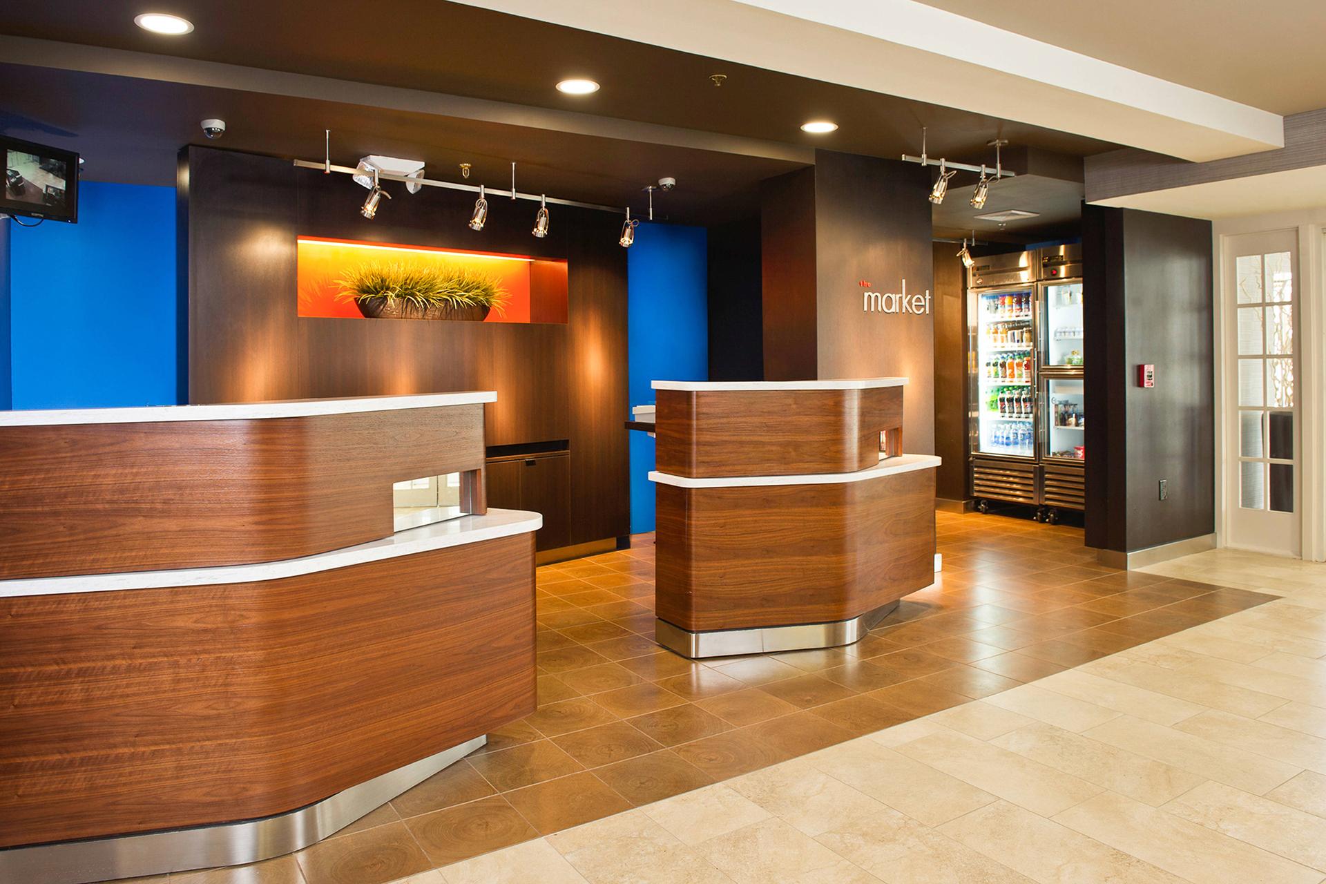 Sonesta Select Tinton falls Welcome Reception Front Desk