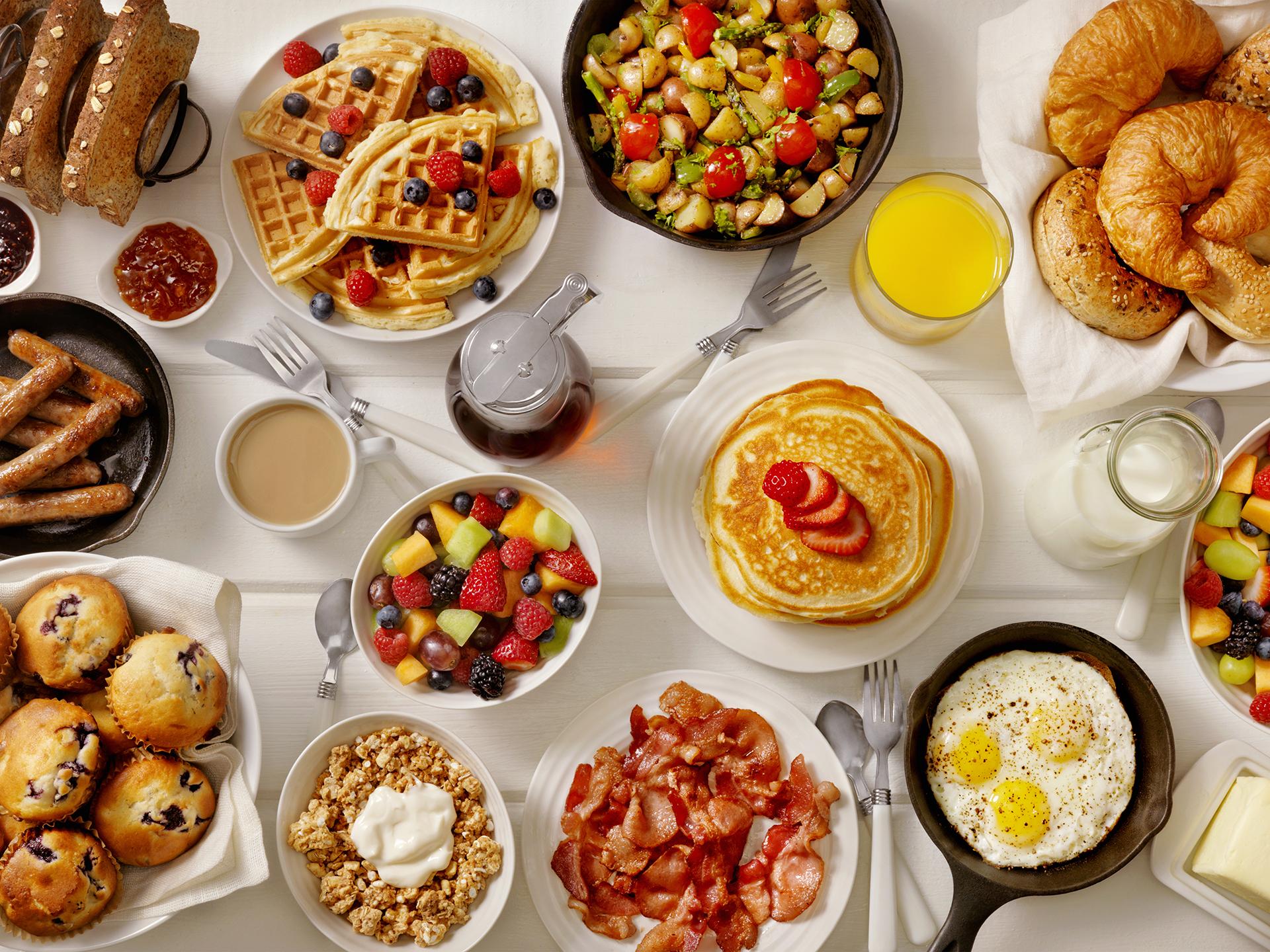Breakfast at ARA Restaurant