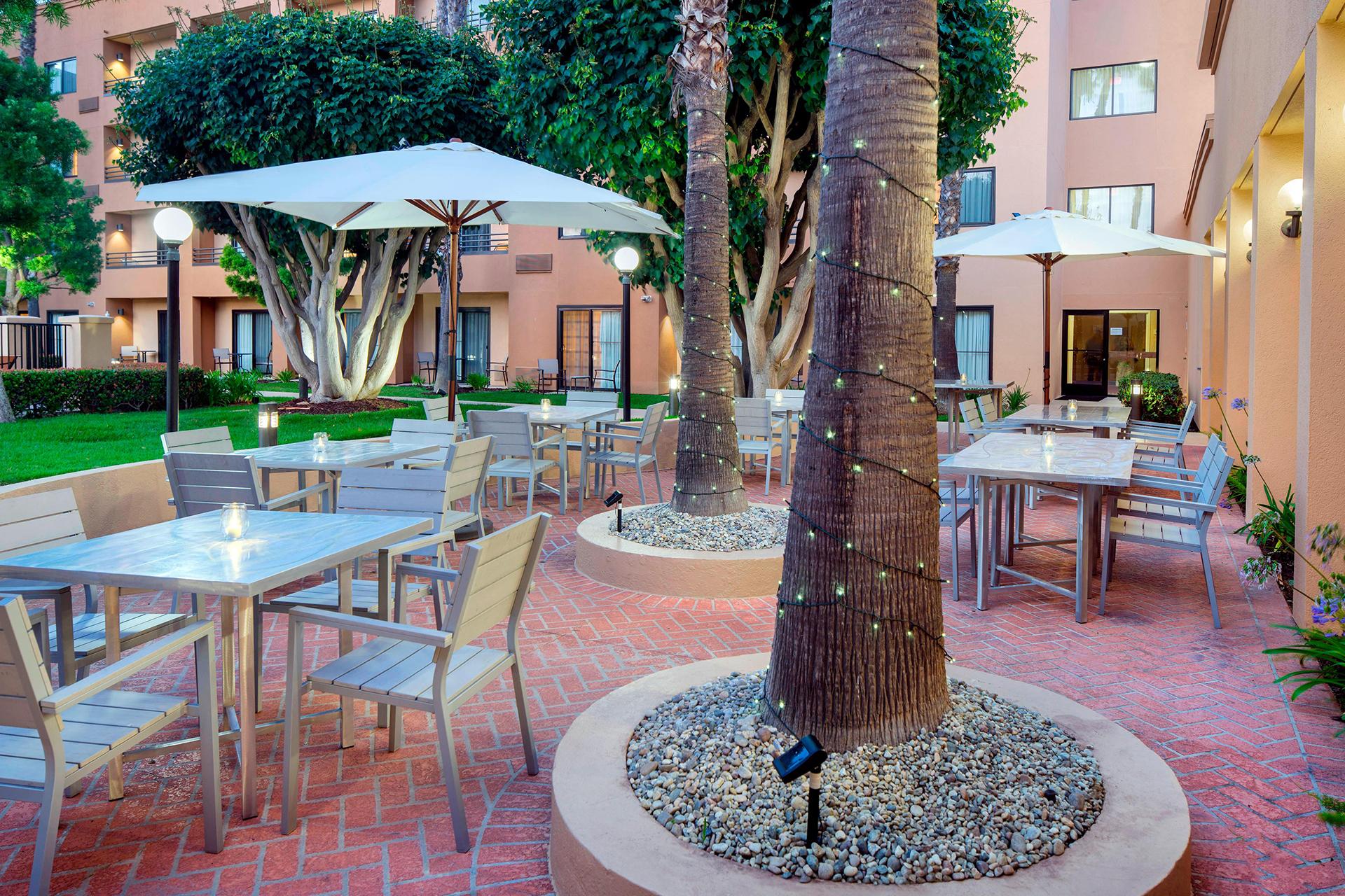 Sonesta Select Los Angeles Torrance Outdoor Patio
