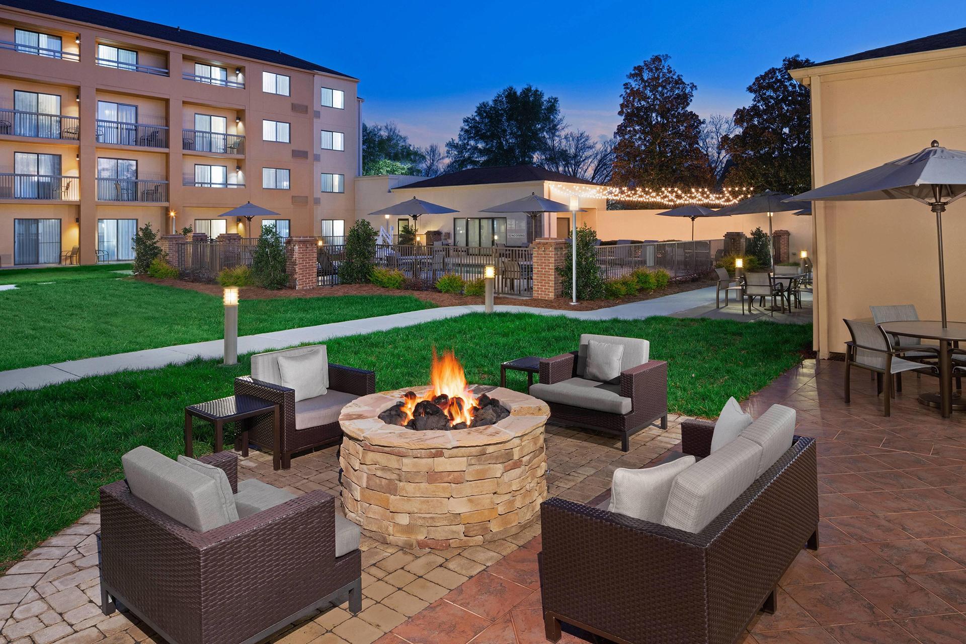 Sonesta Select Raleigh Durham Morrisville Outdoor Patio