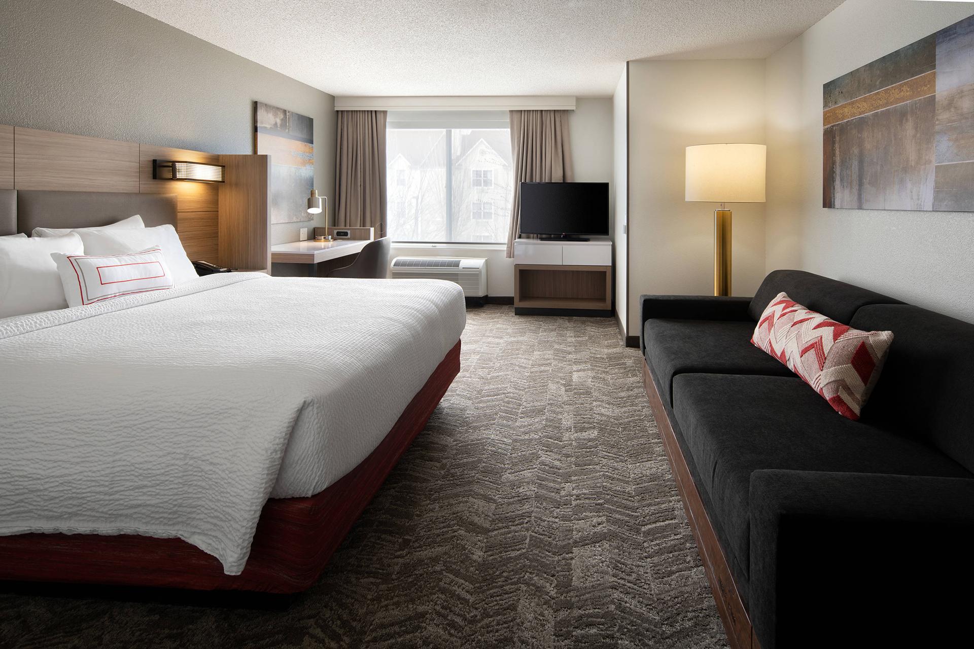 Sonesta Select Seattle Renton King Suite