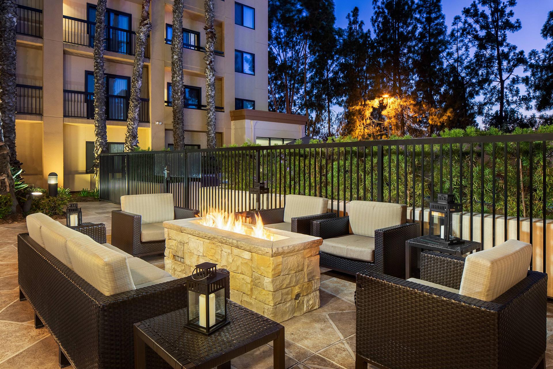 Sonesta Select Laguna Hills Courtyard