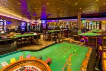 gaming tables at Casino Royale in st maarten