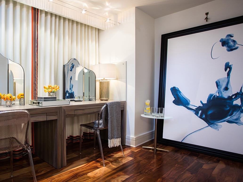 Guest room Vanity Spa Suite